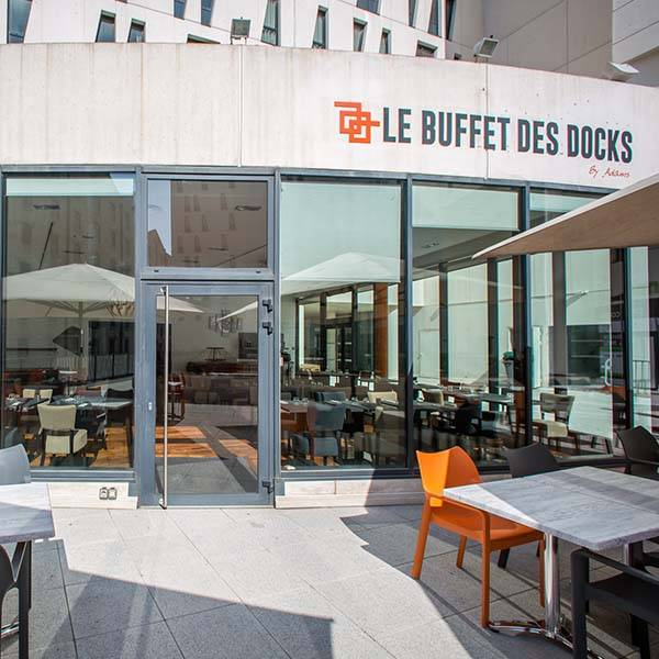 img-restaurant-marseille-le-buffet-des-docks-entree_20180918160517